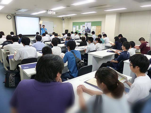10時30分〜11時 KCS学校説明